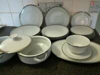 22 piece dinner set plates etc for 6 people