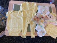 Unisex newborn baby shower gift bundle girls boys