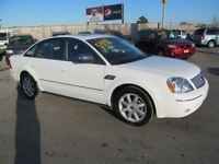 2005 Ford Five Hundred Limited  HEATED LEATHER--SUNROOF