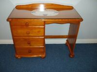 PINE DESK / DRESSING TABLE WITH DRAWERS / GLASS TOP & MAT