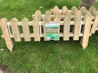 3x3 Packs of 1.1m Picket Fence (£30)