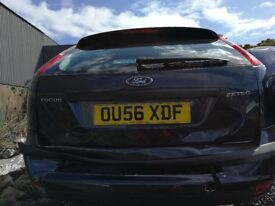 Ford Focus Zetec 2006 Grey - For parts only!