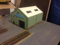 4x Hornby 00 resin buildings