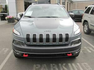 2015 Jeep Cherokee Trailhawk  | 4x4 | HEATED SEATS | BACK UP CAM