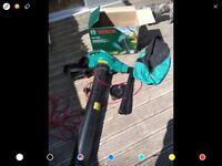 Bosch 3 in 1garden blower, vacuum and shreader