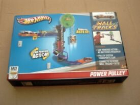 NEW HOTWHEELS WALL TRACKS POWER PULLEY