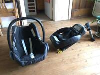 2x Maxi-Cosi CabrioFix Baby Car Seat (Black) + optional EasyFix ISOFIX base (CAN DELIVER or POST)