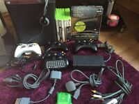 Xbox 360 120GB Elite Bundle + Roxio HD Game Capture