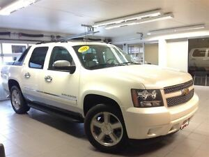 2011 Chevrolet Avalanche 1500 LTZ/PEARL WHITE/NAVI/LOCAL TRADE!!