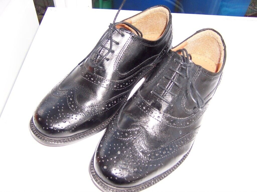 Mens/Boys Leather Shoes