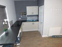 Studio flat in Carnarvon Road, Reading, RG1 (#1092865)