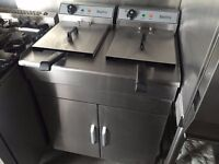 Free Standing 2x 10 Ltr Commercial Twin Tank Twin Basket Chips Fryer 2x 13A