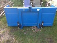 Tractor transport box link box