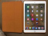 "Apple iPad Pro 9.7"" 32GB - Celluar SIM - Card - BRAND NEW"
