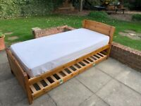 Single bed with roll out guest bed and 1 mattress