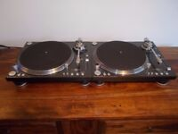 Stanton str8-150 Direct Drive turntables/ technics 1210/1200 alternatives/uk delivery available.