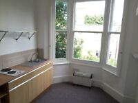 SB Lets are delighted to offer this compact studio flat in Seven Dial, Brighton.