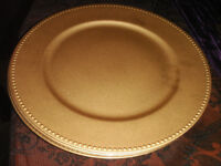8 x gold melamine charger plates