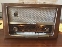 Vintage Austrian Kapsch Sonocord Tube Radio
