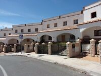 SPAIN Almeria 3 bed modern townhouse to rent for ONE YEAR