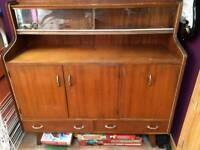 Free vintage sideboard/drinks cabinet