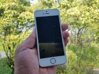 Apple iPhone 5s 16gb Gold Unlocked with box.