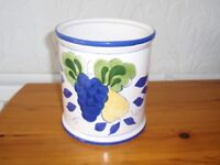 White Pot with Fruit Picture