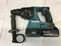 Makita DHR242 SDS Hammer drill + 5ah battery, in stacking carry box.