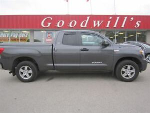 2011 Toyota Tundra SR5! DOUBLE CAB PICKUP! HEATED LEATHER SEATS!