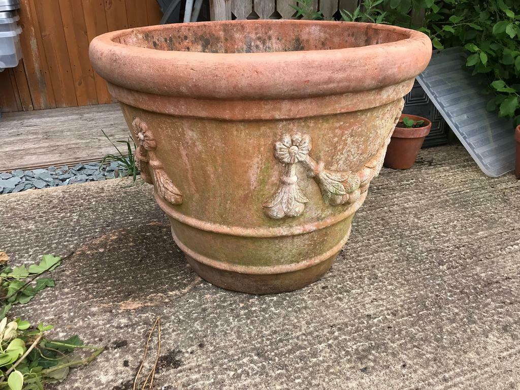 Large terracotta pot | in Hayling Island, Hampshire | Gumtree