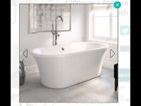 Brand new in box Roll top free standing bath