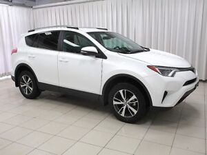 2018 Toyota RAV4 LE AWD SUV - HURRY IN TO SEE THIS BEAUTIFUL SUV