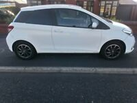 TOYOTA YARIS 2013 IN WHITE 12MNTHS M.O.T FULL SERVICE HISTORY HPI CLEAR