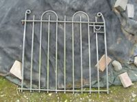 Garden gate galvanised measures 43 inches wide 35 inches high with 2 pins