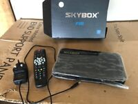 Skybox F5S HD-PVR With Remote Control And Power Adaptor