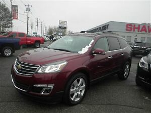 2016 Chevrolet Traverse LT w/1LT  Heated Seats  Sunroof