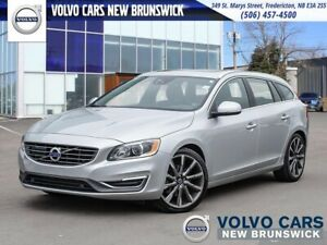 2015 Volvo V60 T6 Premier Plus AWD | HEATED LEATHER | BACK UP...