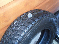 2 x winter tyres for sale, only used for a month