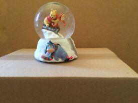 Disney Winnie The Pooh Snowglobe.