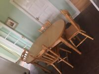 *BARGAIN* - Dining table with 6 chairs
