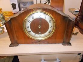 Wind up Perivale Mantle Clock…31764E