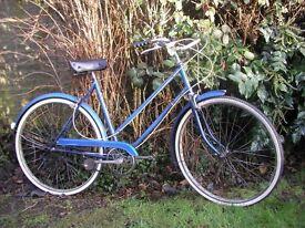ladies vintage raleigh wayfarer,21 in frame,3 speed,new tyres,runs well