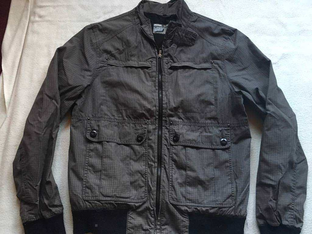 4255d6bbd Topman zipper jacket black grey size Small used £4   in Leicester,  Leicestershire   Gumtree