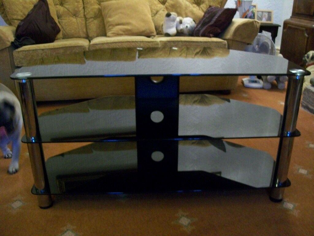 Tv Stand 3 Tier Glass Black 38 Inch Wide As New Condition In