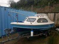 Shetland 535 fishing/ pleasure boat 4 wheel roller coaster trailer , yamaha 40hp outboard