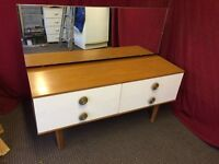 WHITE / WOODEN DRESSING TABLE WITH DRAWS AND MIRROR,CAN DELIVER
