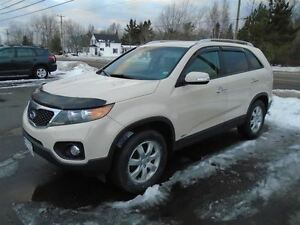 2011 Kia Sorento LX V6 ALL-WHEEL-DRIVE Auto