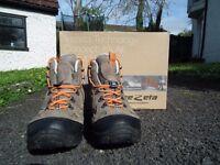 Trezeta Kids Walking Boots EU32 UK13 Boxed - Barely used