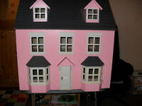 LARGE WOODEN DOLLS HOUSE IDEAL PROJECT FOR CHRISTMAS