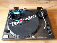 1 x Technics 1210 MKII. Completely Restored. New Cabling. New Tone Arm Mechanism.